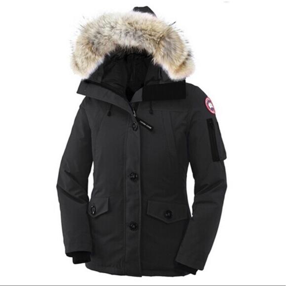 Canada Goose Jackets   Blazers - Canada Goose women s Montebello parka 6fdb18b8f5
